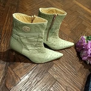 Light green Cowgirl boots with a 3 inch heel